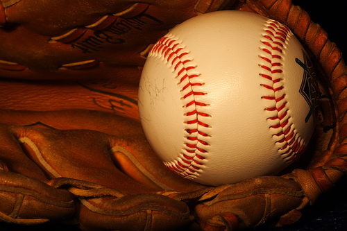 Baseball_glove-967